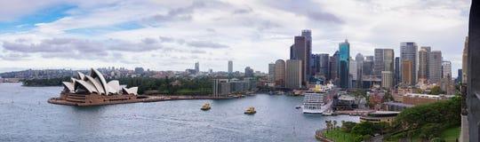 Panorama di giorno della città di Sydney Immagine Stock