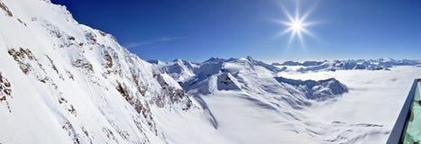 Panorama di inverno in alpi austriache Immagini Stock Libere da Diritti
