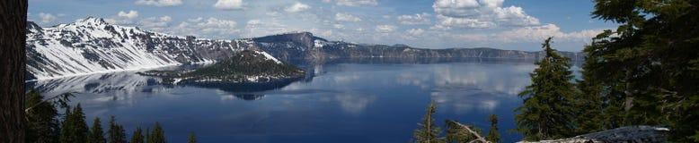 Panorama di inverno del lago crater Fotografie Stock