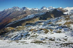 Panorama di inverno delle alpi dal paradiso del ghiacciaio del Cervino, Svizzera Fotografia Stock Libera da Diritti