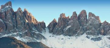 Panorama di inverno delle alpi italiane Immagini Stock