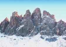 Panorama di inverno delle alpi italiane Fotografia Stock