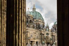 Panorama di inverno di Berlin Dom Immagine Stock