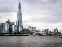 Panorama di Londra, ponte di Southwark e del Tamigi, Regno Unito Fotografia Stock Libera da Diritti