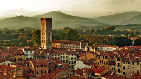 Panorama di Lucca, Italia immagini stock libere da diritti