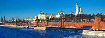 Panorama di Mosca Kremlin nel winte Immagini Stock Libere da Diritti