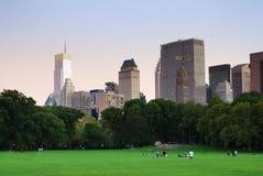 Panorama di New York City Central Park al crepuscolo Fotografie Stock Libere da Diritti