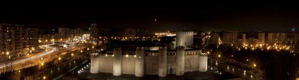 Panorama di notte di Aljaferia Fotografia Stock Libera da Diritti