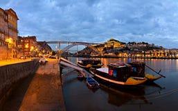 Panorama di Oporto alla notte, Portogallo Fotografia Stock Libera da Diritti