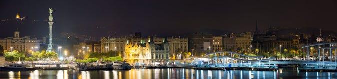 Panorama di porto a Barcellona nella notte Fotografia Stock