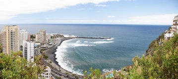 Panorama di Puerto de la Cruz. Tenerife Fotografie Stock Libere da Diritti