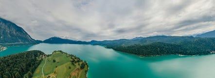 Panorama di realtà virtuale del vr del fuco 360 dell'aria della natura del lago bavaria della Germania immagine stock libera da diritti