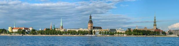 Panorama di Riga, capitale della Lettonia Fotografia Stock