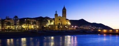 Panorama di sera di Sitges spain fotografia stock libera da diritti