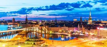 Panorama di sera di Stoccolma, Svezia immagini stock libere da diritti