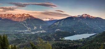 Panorama di tramonto di Blackcomb di Whistler immagini stock libere da diritti