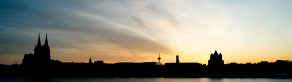 Panorama di tramonto di Colonia, Germania Fotografie Stock Libere da Diritti