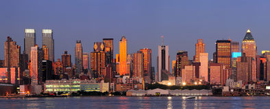 Panorama di tramonto di New York City Manhattan Immagini Stock Libere da Diritti