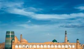 Panorama di una città antica di Khiva, Uzbekistan fotografia stock libera da diritti