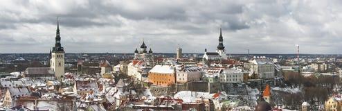 Panorama di vecchia città di Tallinn, Estonia fotografia stock