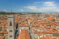 Panorama di vecchia Firenze e della chiesa St Mary del fiore immagine stock libera da diritti