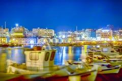 Panorama di vecchio porto veneziano con le linee di barche fotografia stock
