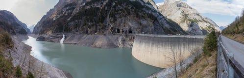 Panorama die gigerwald Verdammungsschweiz-hoher Auflösung lizenzfreie stockbilder