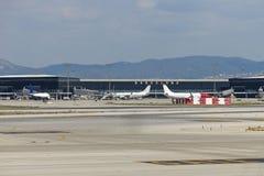 Panorama do aeroporto internacional de Barcelona Foto de Stock
