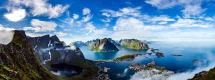 Panorama do arquipélago de Lofoten foto de stock