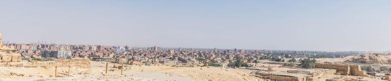 Panorama do Cairo das grandes pirâmides imagens de stock royalty free