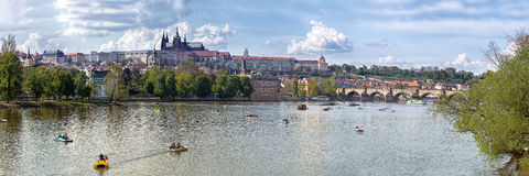 Panorama do castelo de Praga Fotografia de Stock
