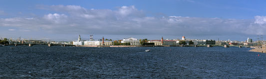 Panorama do console de Vasilievsky em St Petersburg Fotografia de Stock Royalty Free