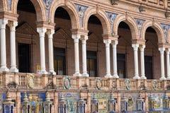 Panorama do espanhol Quadrado Plaza de Espana em Sevilha em um bea Fotografia de Stock Royalty Free