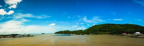Panorama do estuário de Chanthaburi foto de stock royalty free