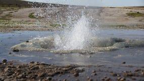 Panorama do geysir da água de Hveravelir Foto de Stock
