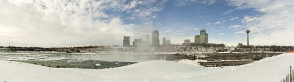 Panorama do inverno de Niagara fotos de stock