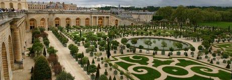 Panorama do jardim da laranja de Versalhes Fotografia de Stock Royalty Free