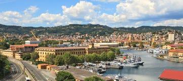 Panorama do La Spezia e da base naval. foto de stock royalty free