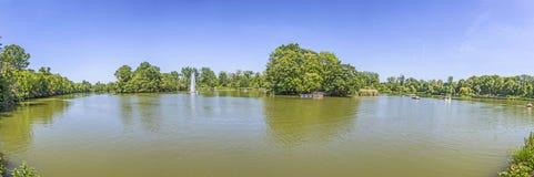 Panorama do lago em Nauheim mau Imagem de Stock Royalty Free