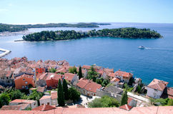 Panorama do lugar famoso na Croácia, Rovinj do turista fotos de stock