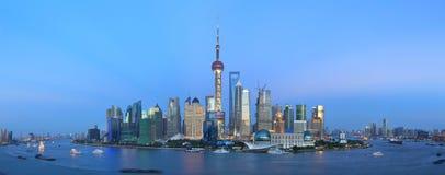 Panorama do lujiazui de Shanghai pudong Fotos de Stock Royalty Free