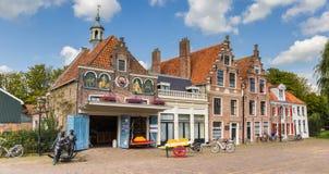 Panorama do mercado do queijo em Edam fotos de stock royalty free