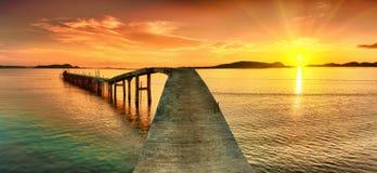 Panorama do por do sol fotografia de stock