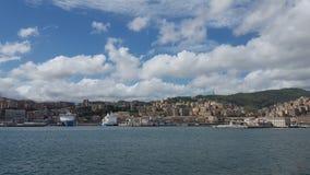 Panorama do porto de Genoa fotografia de stock