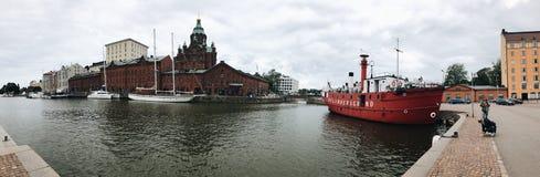 Panorama do porto de Helsínquia fotos de stock