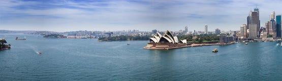 Panorama do porto de Sydney fotos de stock royalty free