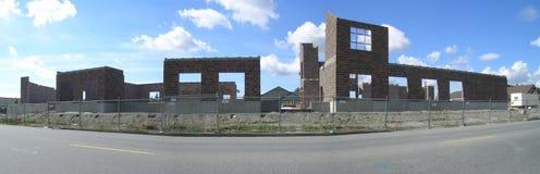 Panorama do progresso do canteiro de obras de salão de cidade foto de stock royalty free