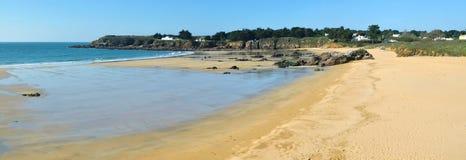 Panorama do Sandy Beach na ilha de Yeu Fotos de Stock