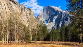 Panorama do vale de Yosemite Foto de Stock Royalty Free