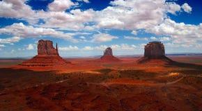 Panorama do vale do monumento Fotos de Stock Royalty Free